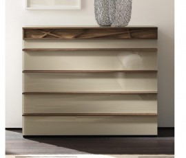 _huelsta-moebel-hulsta-furniture-CUTARO-Kommode-chest-Kernnussbaum-Lack_sand-core_walnut-sand_lacquer